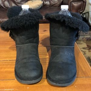 Ugg Australia women's bailey button boots sz 6